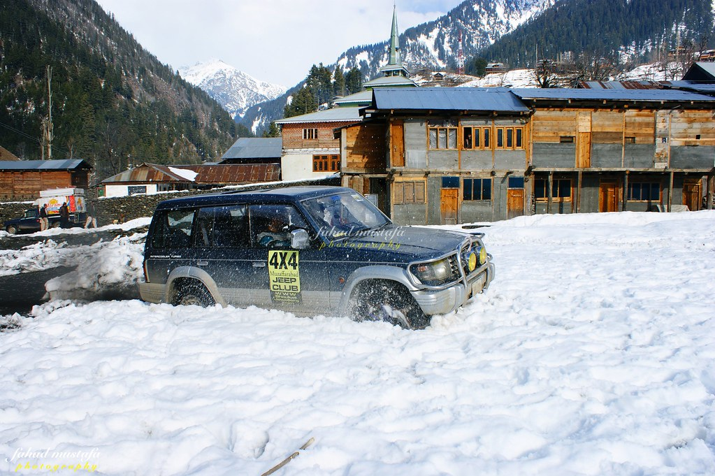 Muzaffarabad Jeep Club Neelum Snow Cross - 8470978503 7a4d3ae64b b