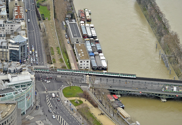 RATP MP73 | RATP MP73 metró corossing the Seine river, view ...