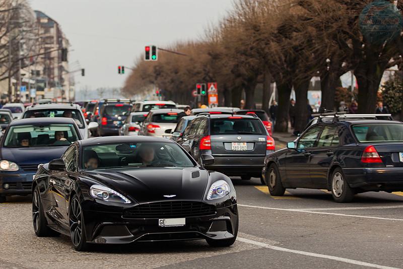 Photos > Nos plus belles rencontres automobiles - Page 16 8560424166_e7ff9c082f_c