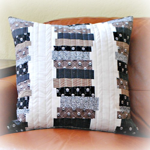 Pillow for Genia - front