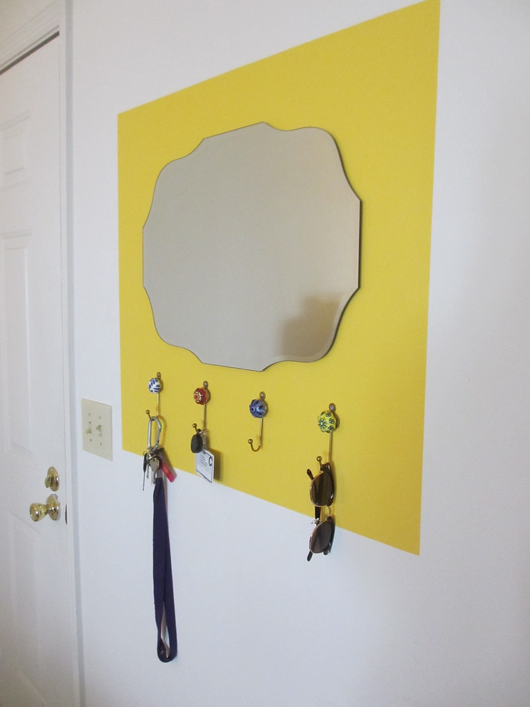 threadbare: DIY Home: Colorblock Framed Mirror