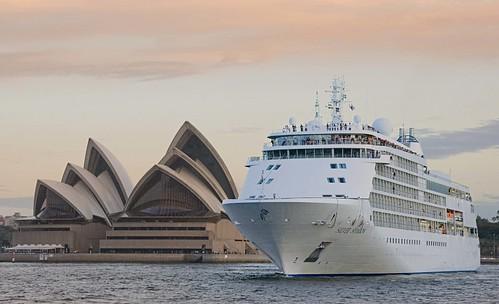 Silver Shadow visits Sydney