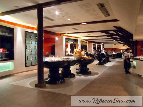 Club Med Bali - Dinner @ Agung Restaurant - rebeccasaw-048