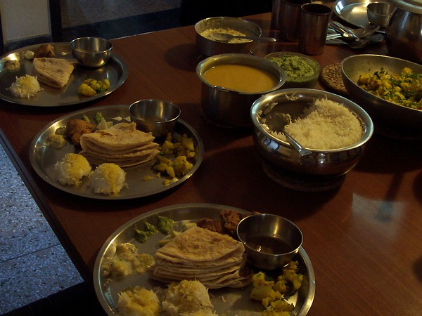 puran poli spread for Champa Shashthi