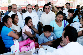 18/03/2012 Acercan SSO, atención médica a través de feria de la salud en San  Juanito