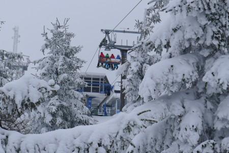 Aktuální sněhové zpravodajství: lyžařské žně i po Velikonocích