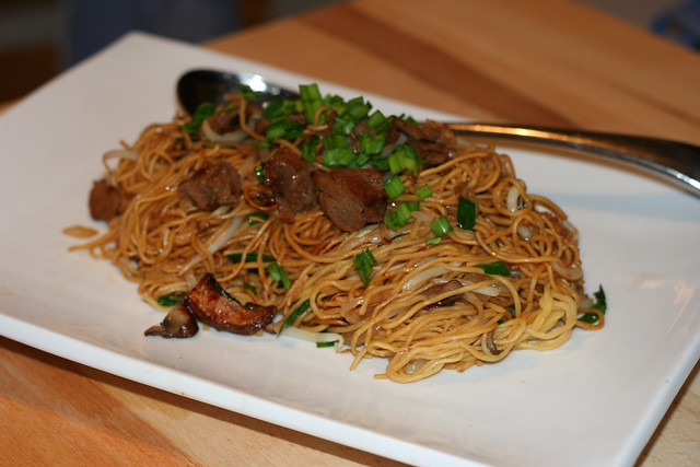 hong-kong-pan-fried-noodles2