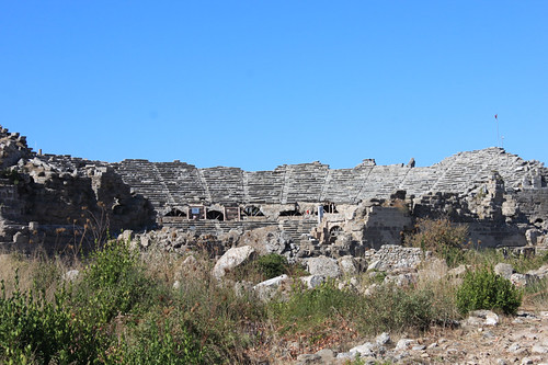20131018_8427-Side-theatre-ruins_resize