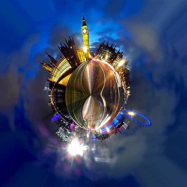 Westminster Bridge at Night - Polar Panorama