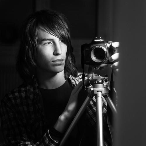 Autoportrait by Luca Mailhol