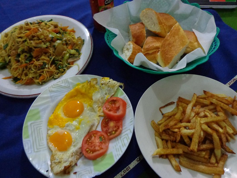 Jantar no Hotel Oriental