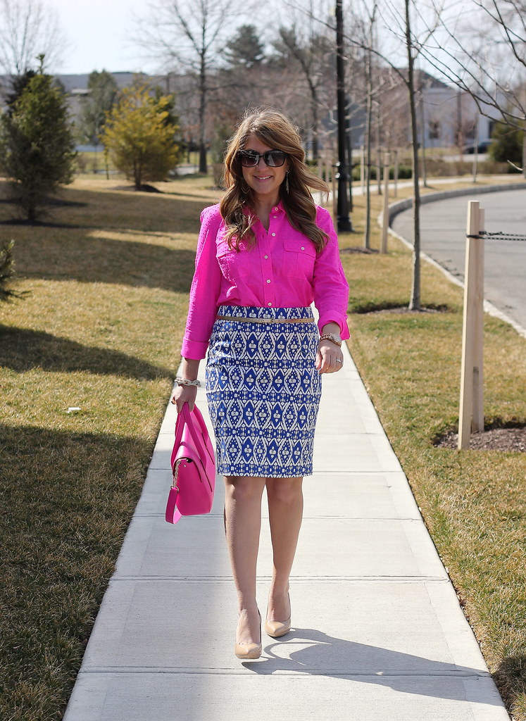 ikat print pencil skirt pink blouse business casual work office outfit idea