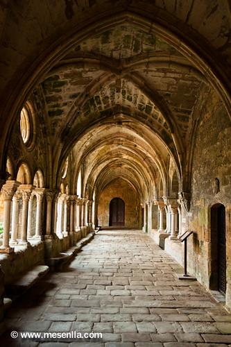 Claustro de la Abadía de Fontfroide