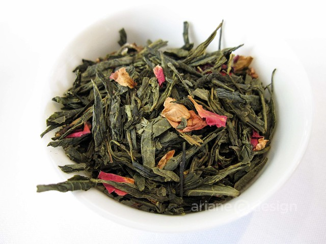 Sakura! Sakura! green and cherry blossom loose tea