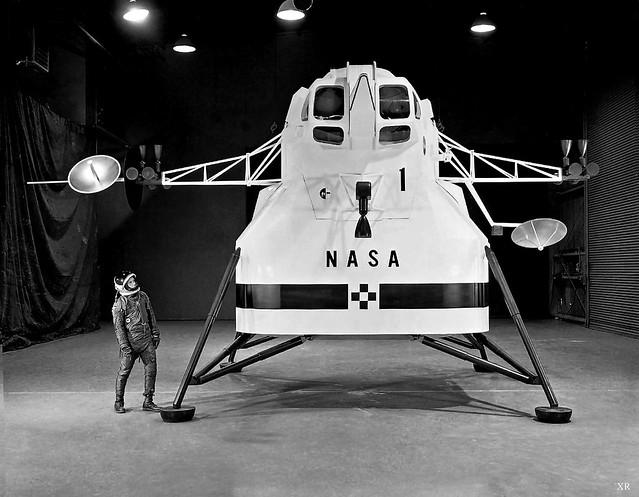 NASA Lunar Lander Designs By - Pics about space