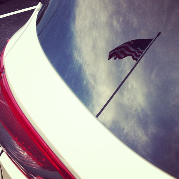 Reflection of the flag. #usa #keylargo #florida #flag # reflection