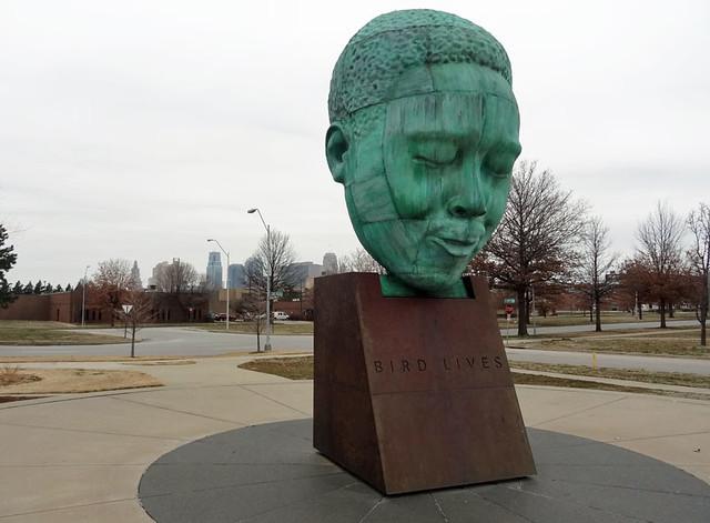 charlie-parker-statue