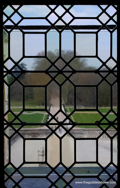 the 2nd floor window over the entrance of Chenonceau, France