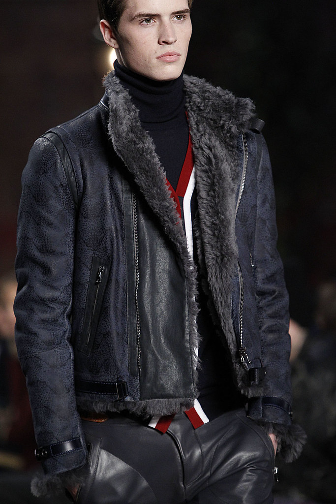 Taylor Cowan3013_2_FW12 NY Tommy Hilfiger(VOGUE)