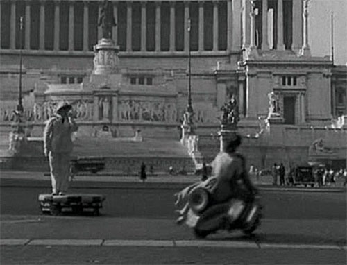 vacances romaines policier.jpg