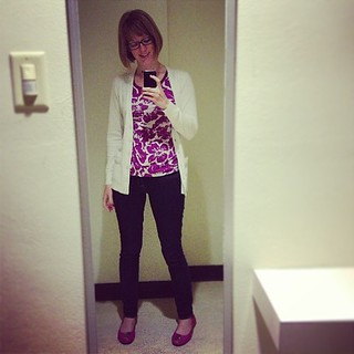 This is what I'm wearing today. Fin. #ootd #9to5