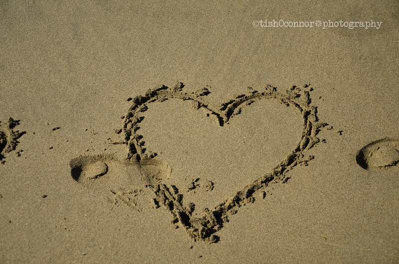 heart in sandDSC_3379