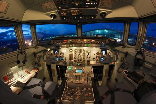 sunrise colombia bogota cockpit eldorado amanecer cabina 50 f50 fokker avianca skbo hk4487