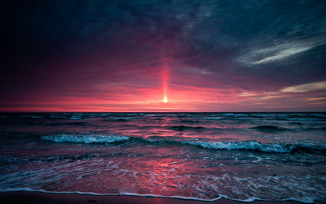 superb_sunset_beach-wide