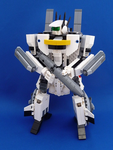 VF-1S Super Valkyrie Skull Leader Battroid Mode