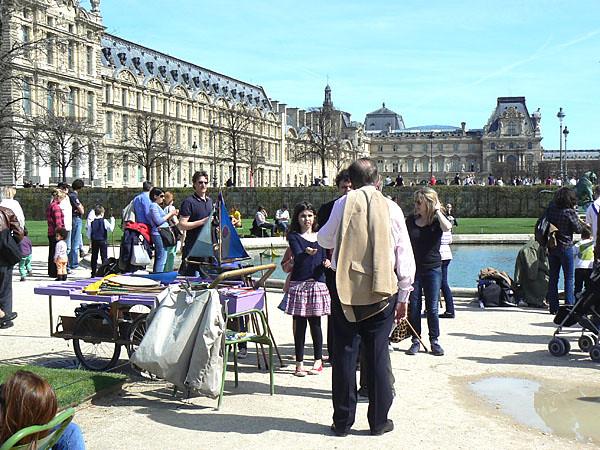 plus de bateaux aux Tuileries.jpg