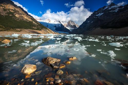 patagonia mountain lake argentina