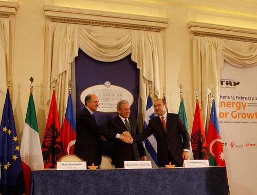 Υπογραφή Τριμερούς Διακυβερνητικής Συμφωνίας Ελλάδας-Αλβανίας-Ιταλίας για την κατασκευή του αγωγού TAP (13/2/13)