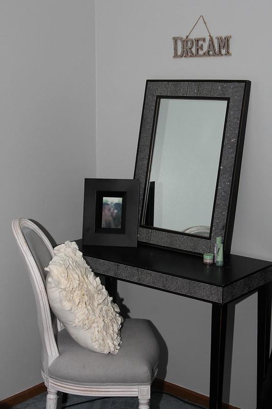 vanity (1 of 1)