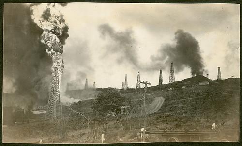 mexico oil veracruz fires goldenlane petroleum oilwells tuxpan oilfields oilexploration oilderricks potrerodelllano