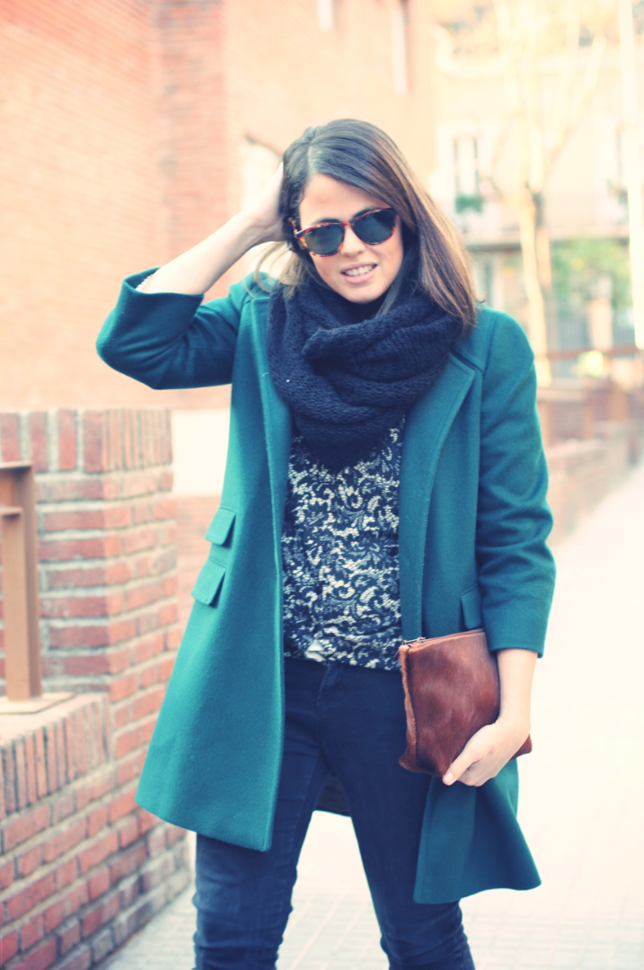 Look Green coat + lace jacket - monicositas