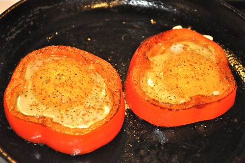 eggs in pepper ring 6
