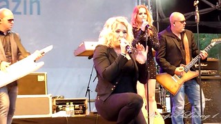 Lights Down Low - Kim Wilde - June 8th 2012 - (18)