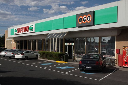 New BWS signage with the old Safeway branding