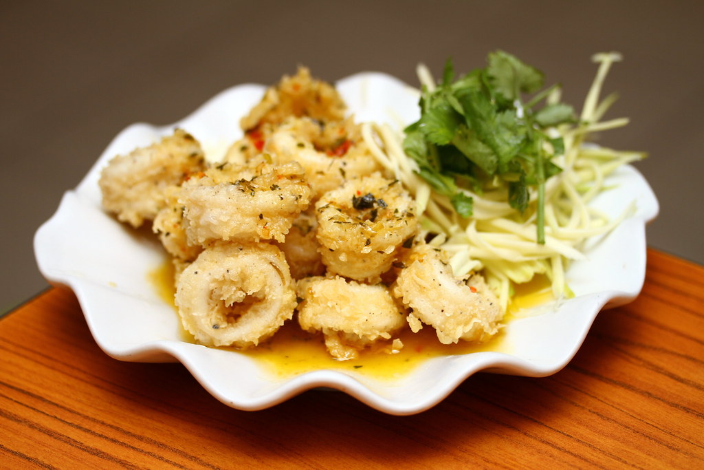 Ah Loy Thai Restaurant: Butter Calamari