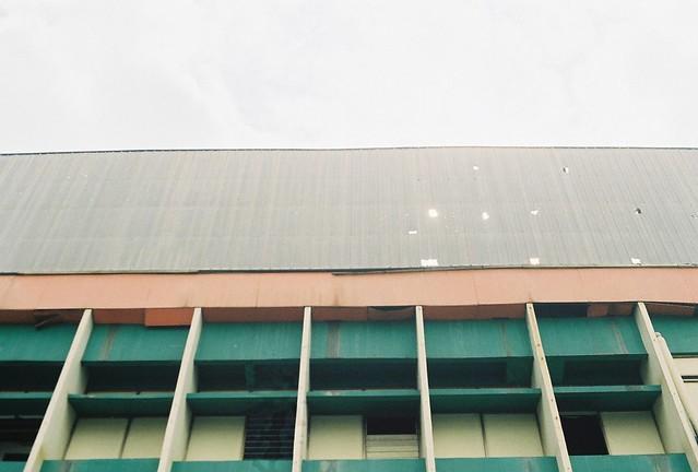 Windows (Jl. Cikapundung Barat)