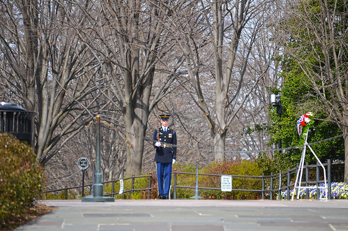 Guard 01 - Tomb of Unknown Soldier - Arlington National Cemetery - 2013-03-15