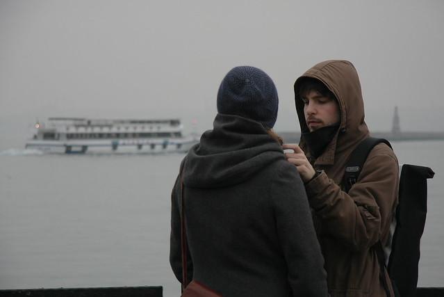 Lovers in Kadikoy, Istanbul, Turkey カドゥキョイの恋人たち