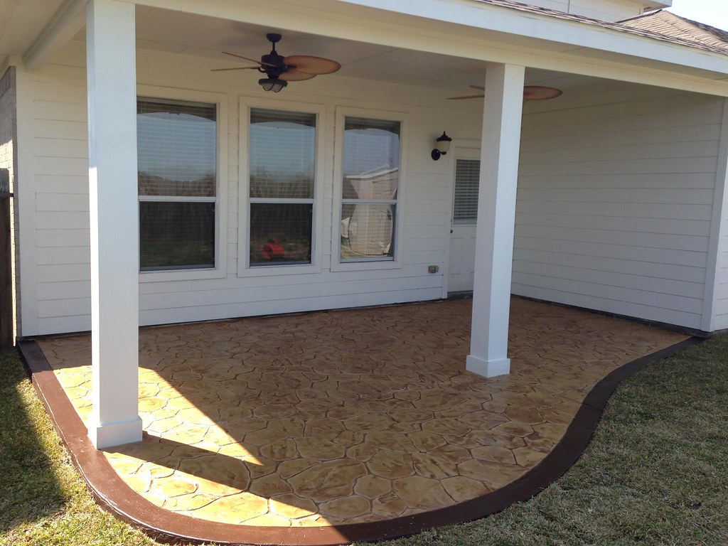 Simple patio cover and stamped concrete