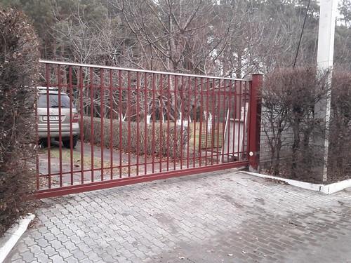 ворота консольные откатные рештчатые