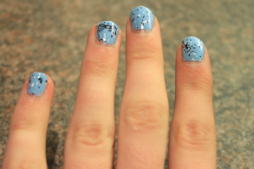 Confetti nails, L'oreal confetti nail, blue nails, nail tattoos