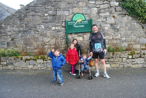 Daniel, MIa, Kate, Sam and Dad in Mount Juliet