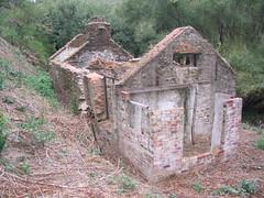2005-02-18 - Horsnell Gully ruin (3)