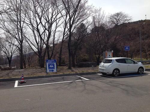 中央高速道 諏訪湖SA下り 電気自動車(EV)用急速充電器