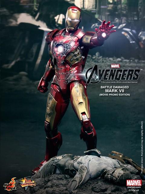 Hot-Toys-Battle-Damaged-Iron-Man-Mark-VII-003