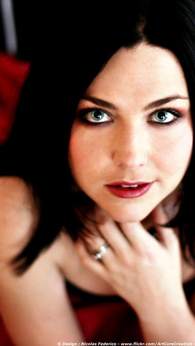 Wallpaper Amy Lee Red Dress - iPhone 5 Retina Display